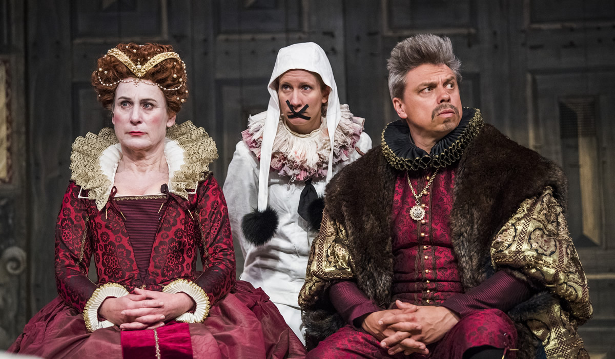 Hamlet Shakespeares Globe 24 04 18 r